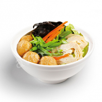Soup with noodles, chicken meatballs and mushrooms